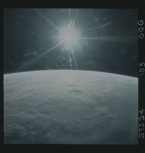 STS054-103-00G - STS-054 - Earth observations