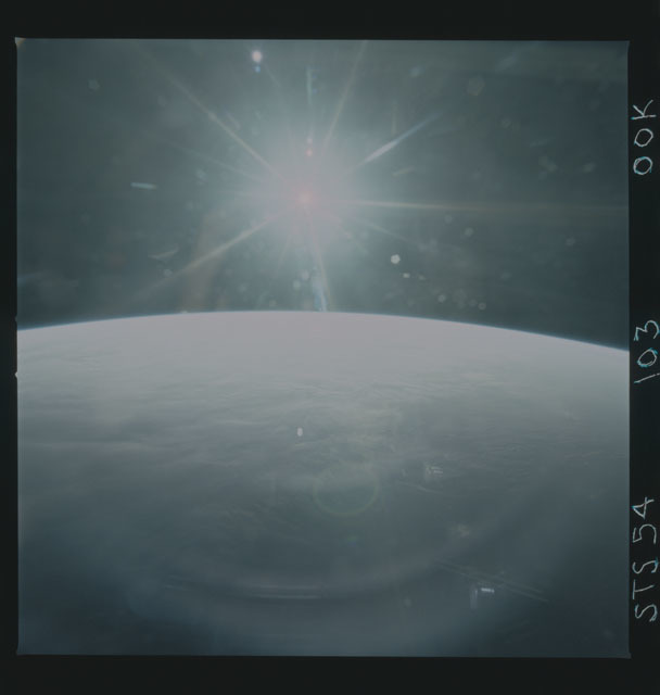 STS054-103-00K - STS-054 - Earth observations