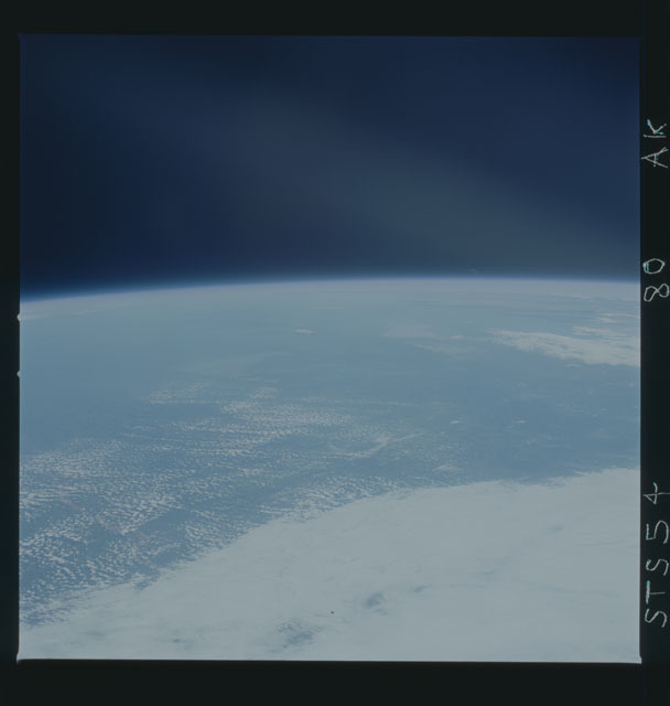 STS054-80-AK - STS-054 - Earth observations from Endeavour, Orbiter Vehicle (OV) 105, during STS-54