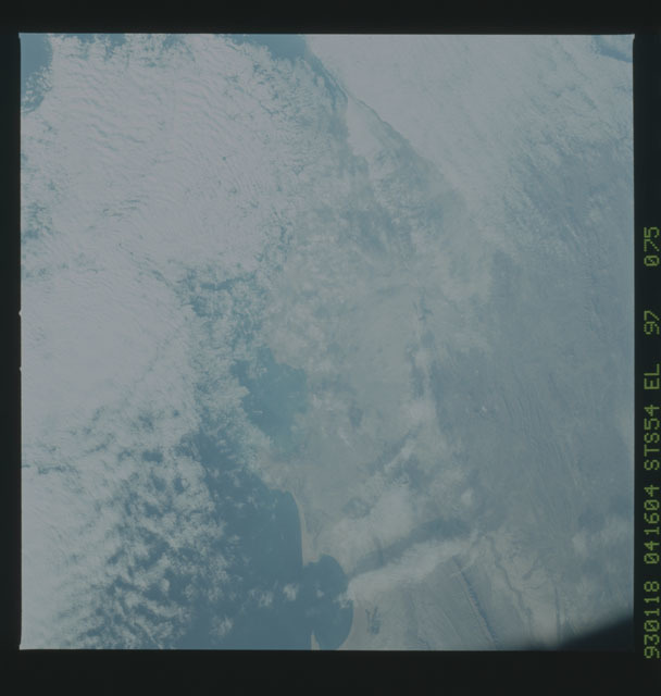 STS054-97-075 - STS-054 - Earth observations