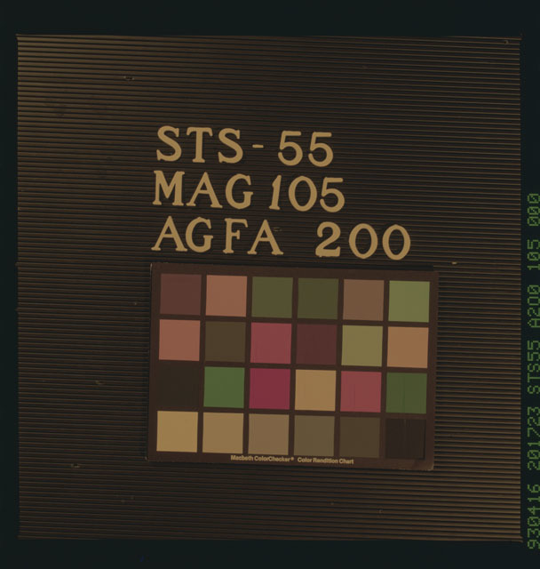 STS055-105-000 - STS-055