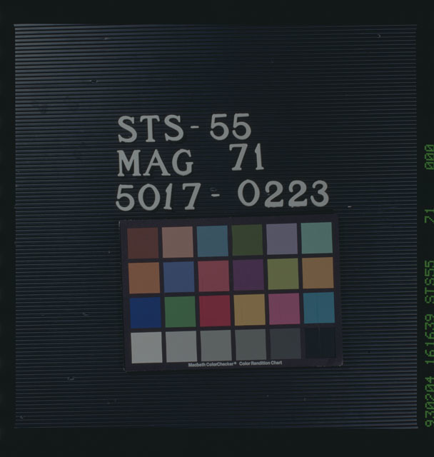 STS055-71-000 - STS-055
