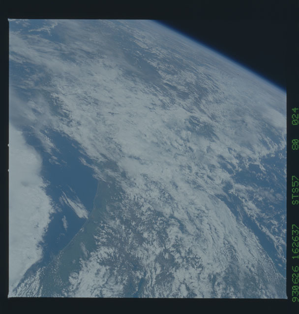 STS057-80-024 - STS-057 - Earth observations during STS-57