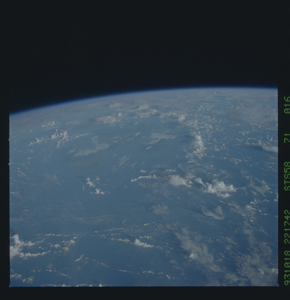 STS058-71-016 - STS-058 - Earth observations during STS-58