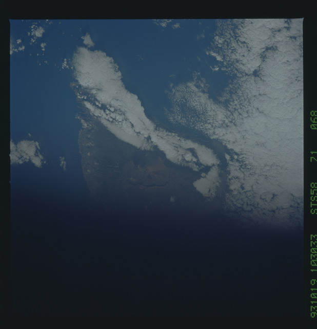 STS058-71-068 - STS-058 - Earth observations during STS-58