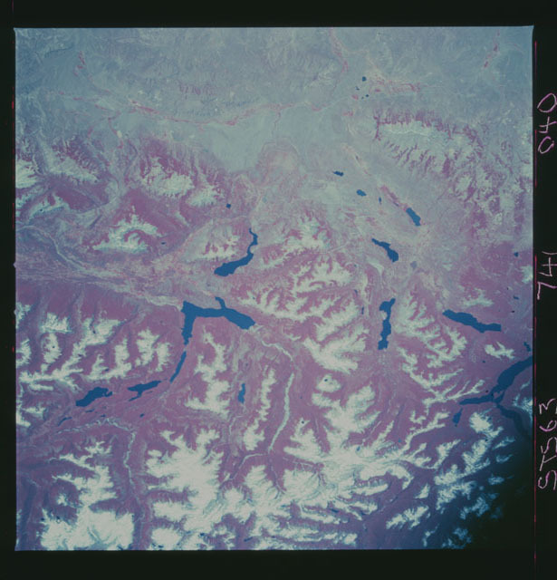 STS063-741-040 - STS-063 - Infrared images of the Earth