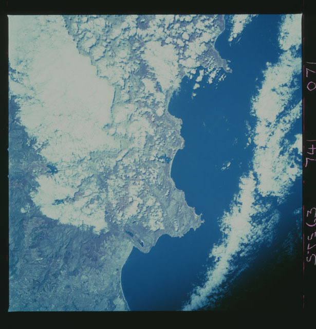 STS063-741-071 - STS-063 - Infrared images of the Earth