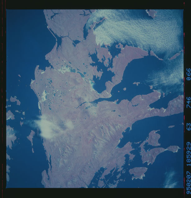 STS063-746-066 - STS-063 - Infrared images of the Earth