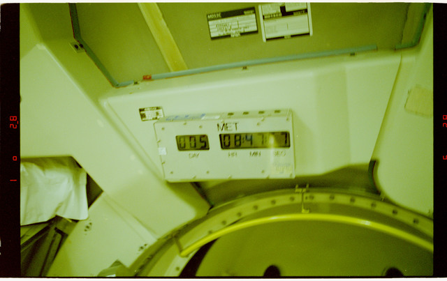 STS065-09-014 - STS-065 - MET clock in the Spacelab module