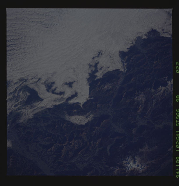 STS066-98-022 - STS-066 - Earth observations during STS-66
