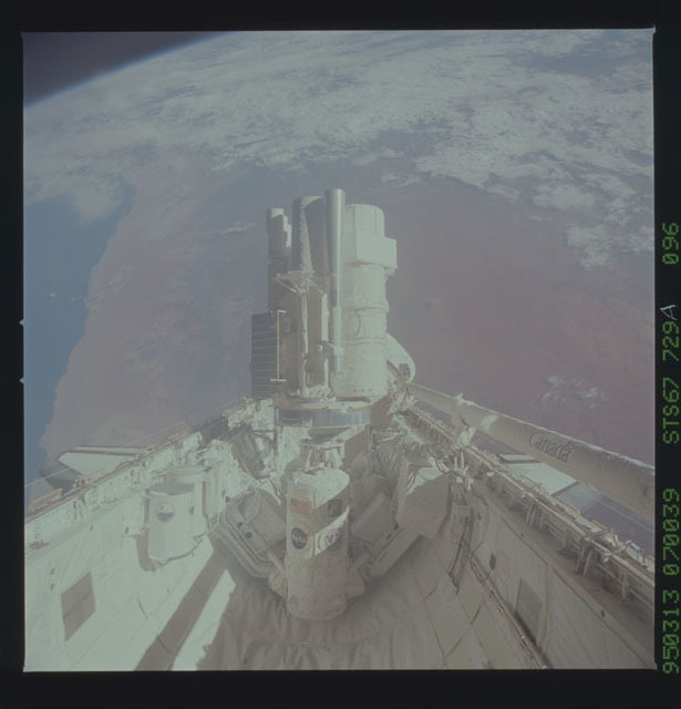 STS067-729A-096 - STS-067 - View of ASTRO-2 payload in Endeavour's cargo bay