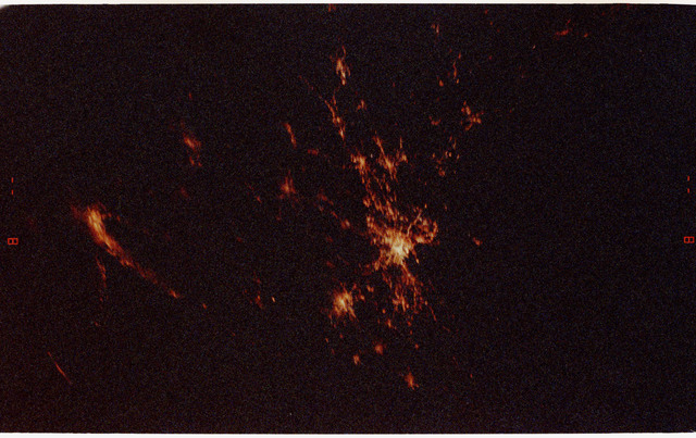 STS068-12-035 - STS-068 - City lights observed from Endeavour during STS-68