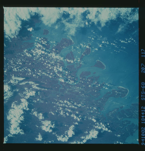 STS068-207-117 - STS-068 - Earth observations during STS-68 mission
