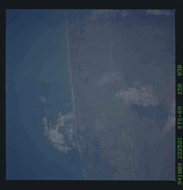 STS068-258-030 - STS-068 - Earth observations during STS-68 mission
