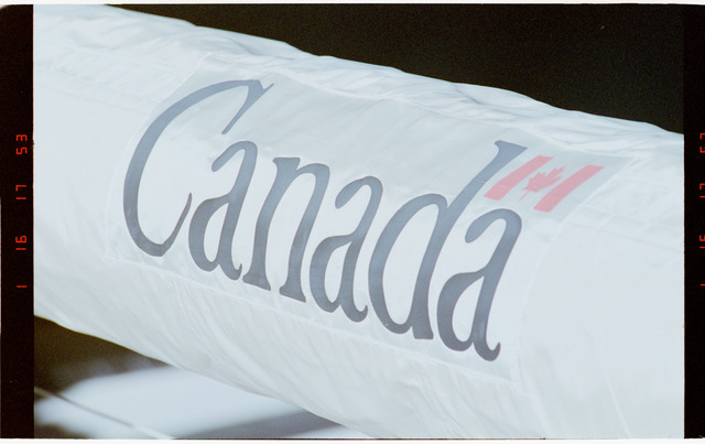 STS068-47-010 - STS-068 - Canada RMS arm
