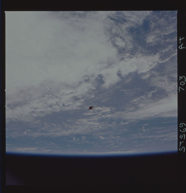 STS069-703-000AT - STS-069 - View of the deployment of the SPARTAN 242