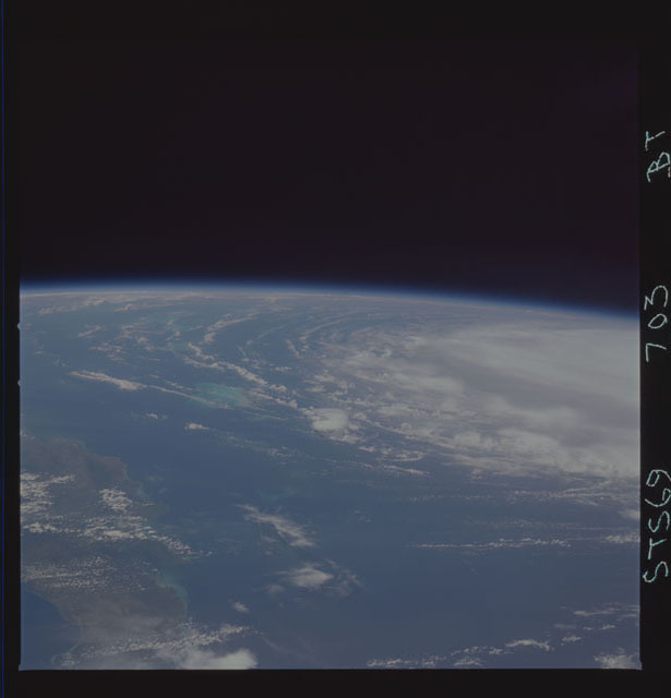 STS069-703-000BT - STS-069 - Earth observations taken during the STS-69 mission
