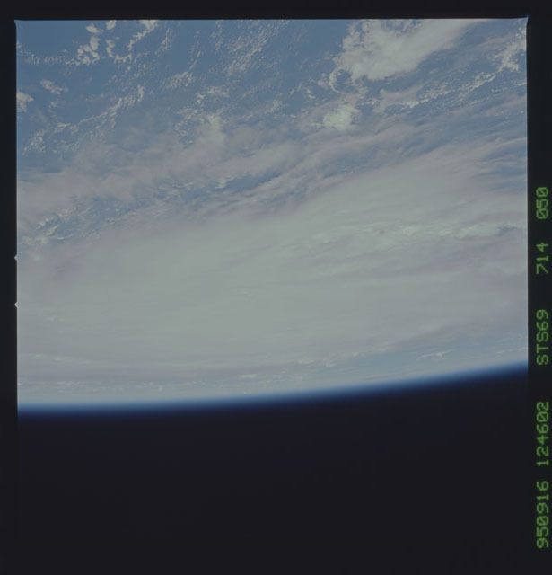 STS069-714-050 - STS-069 - Views of Hurricane Marilyn from STS-69 mission