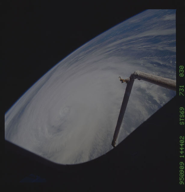 STS069-731-030 - STS-069 - Hurricane Luis as seen during STS-69