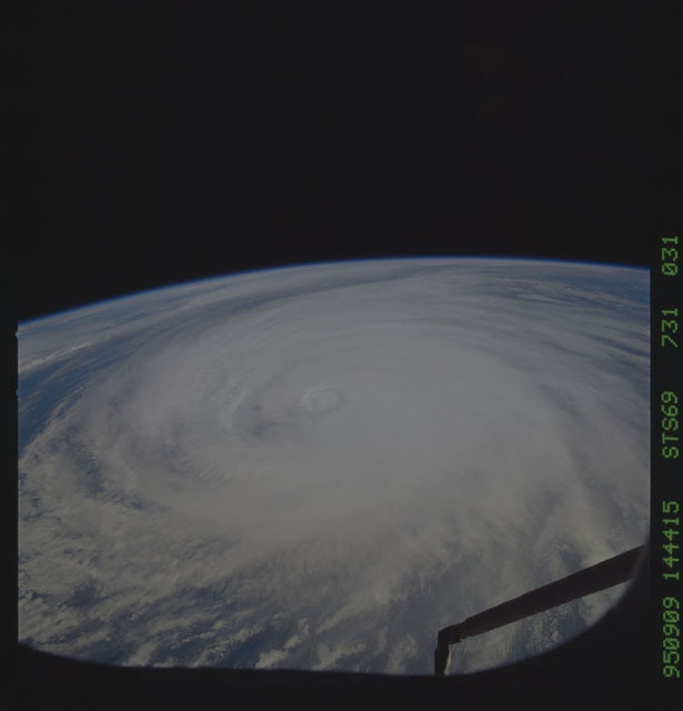 STS069-731-031 - STS-069 - Hurricane Luis as seen during STS-69