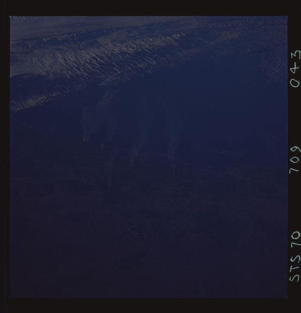 STS070-709-043 - STS-070 - Earth observations taken from shuttle orbiter Discovery on STS-70 mission