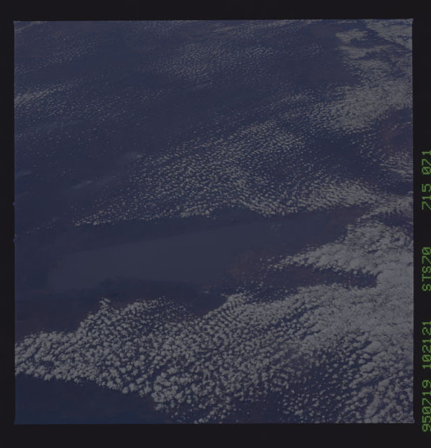 STS070-715-071 - STS-070 - Earth observations taken from shuttle orbiter Discovery on STS-70 mission
