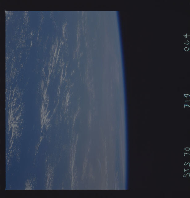 STS070-719-064 - STS-070 - Earth observations taken from shuttle orbiter Discovery on STS-70 mission