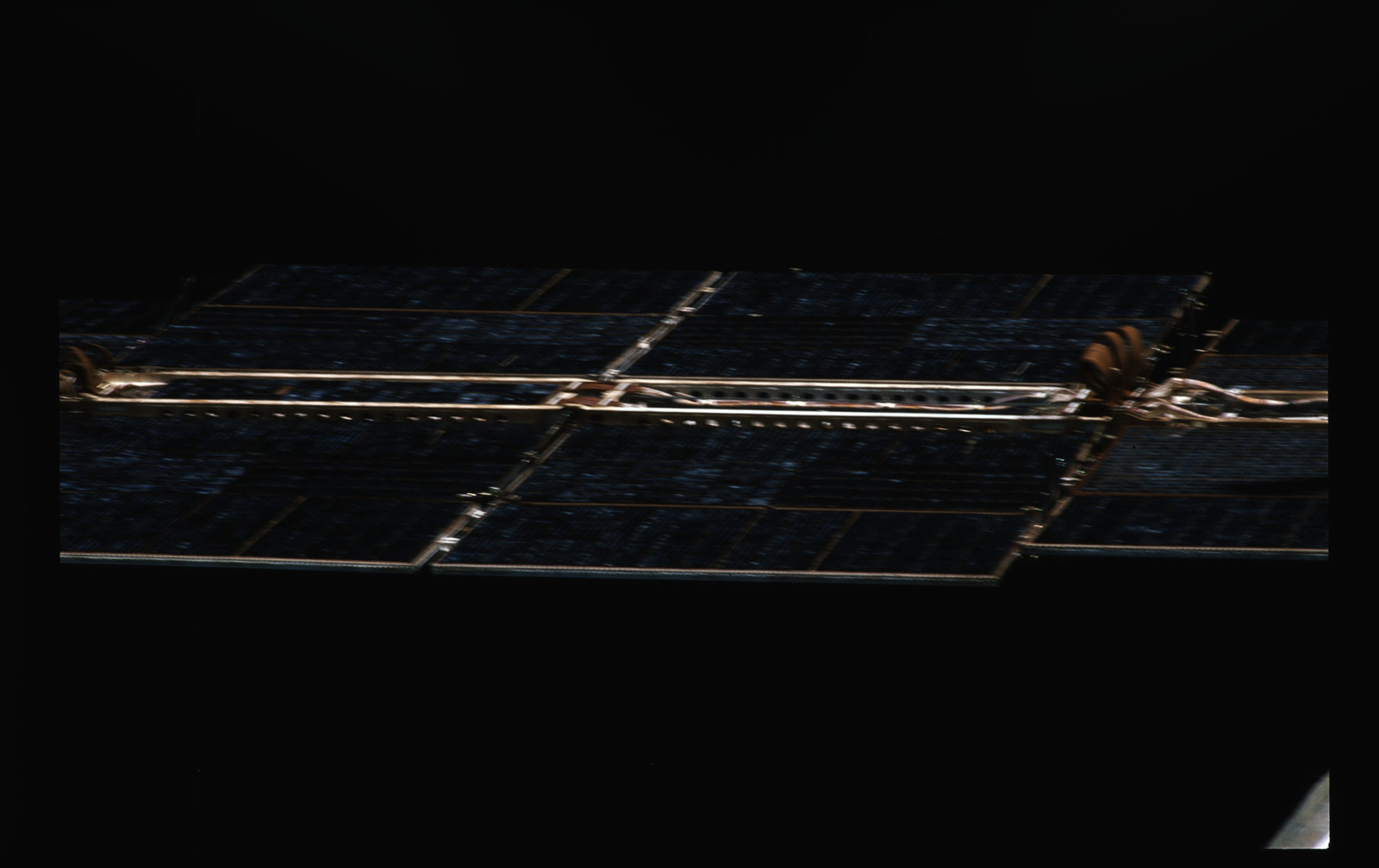 STS071-389-002 - STS-071 - Solar arrays on the Mir space station