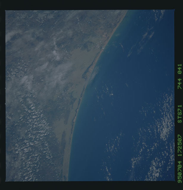 STS071-744-041 - STS-071 - Earth observations taken during STS-73