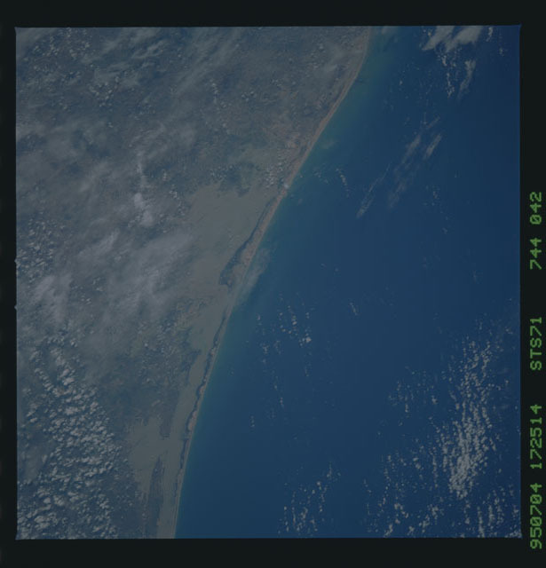 STS071-744-042 - STS-071 - Earth observations taken during STS-74