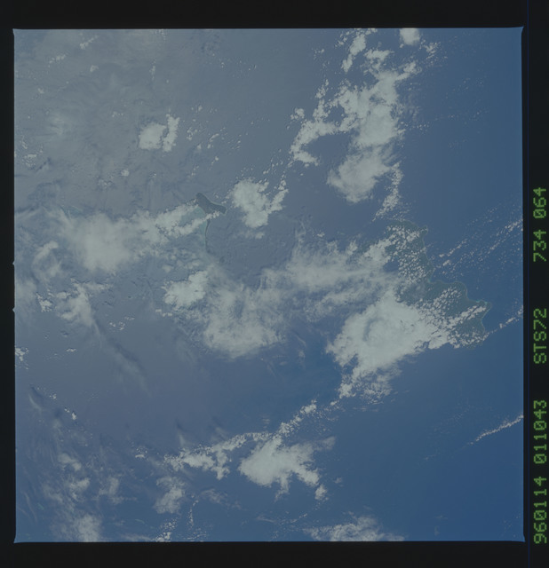 STS072-734-064 - STS-072 - Earth observations taken from shuttle orbiter Endeavour during STS-72 mission