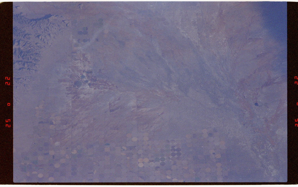 STS073-332-011 - STS-073 - Earth observations taken from shuttle orbiter Columbia