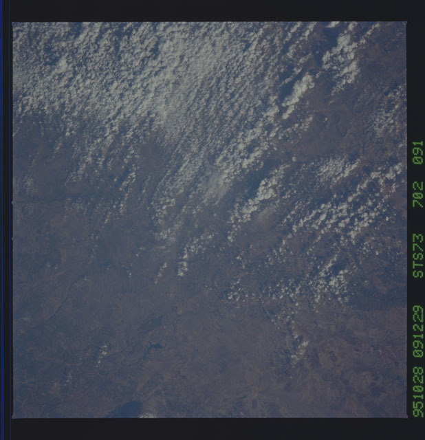 STS073-702-091 - STS-073 - Earth observations taken from shuttle orbiter Columbia