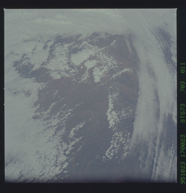 STS073-703-011 - STS-073 - Earth observations taken from shuttle orbiter Columbia