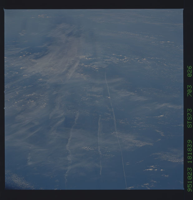 STS073-703-026 - STS-073 - Earth observations taken from shuttle orbiter Columbia