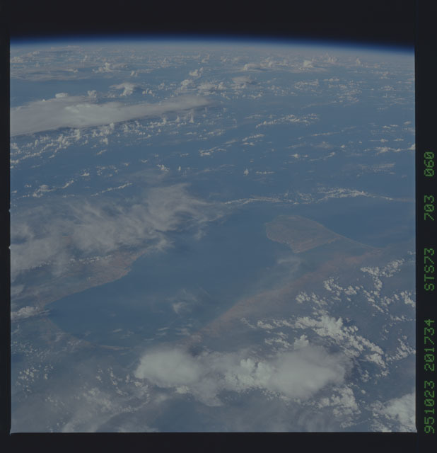 STS073-703-060 - STS-073 - Earth observations taken from shuttle orbiter Columbia