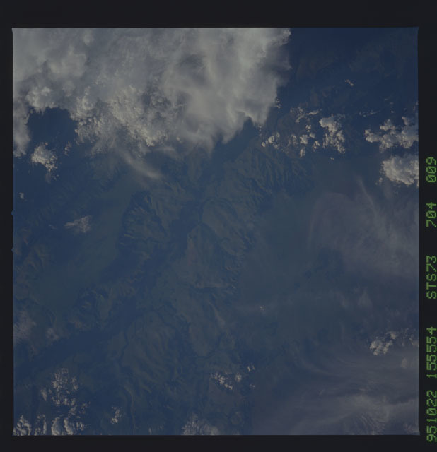 STS073-704-009 - STS-073 - Earth observations taken from shuttle orbiter Columbia