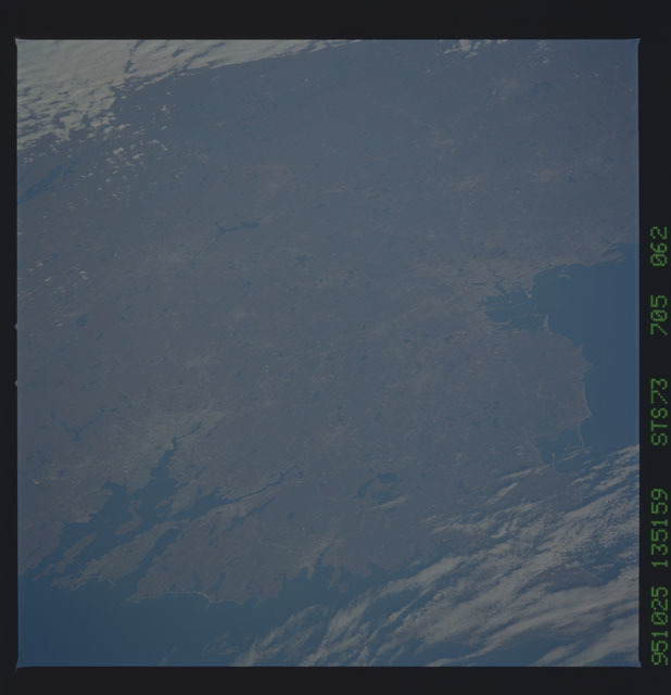 STS073-705-062 - STS-073 - Earth observations taken from shuttle orbiter Columbia