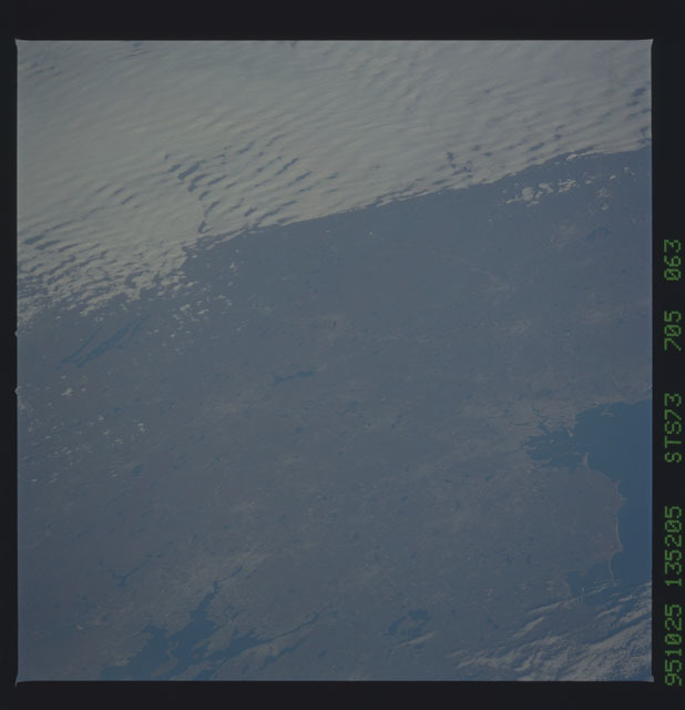 STS073-705-063 - STS-073 - Earth observations taken from shuttle orbiter Columbia