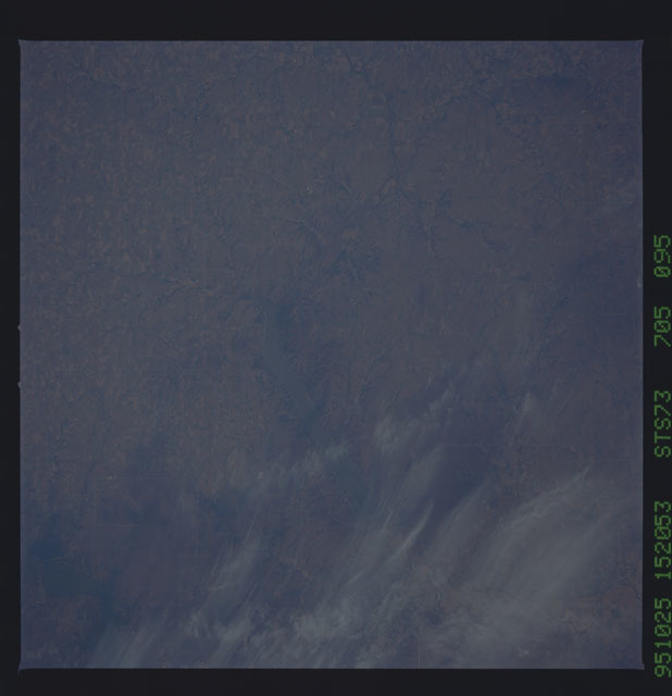 STS073-705-095 - STS-073 - Earth observations taken from shuttle orbiter Columbia