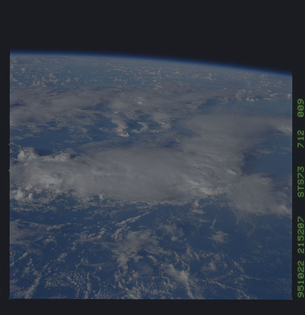 STS073-712-009 - STS-073 - Earth observations taken from shuttle orbiter Columbia
