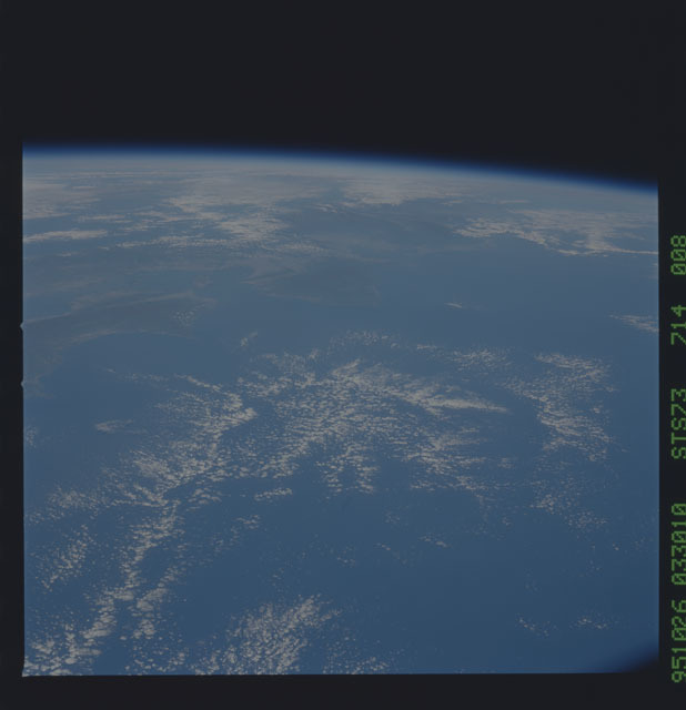 STS073-714-008 - STS-073 - Earth observations taken from shuttle orbiter Columbia