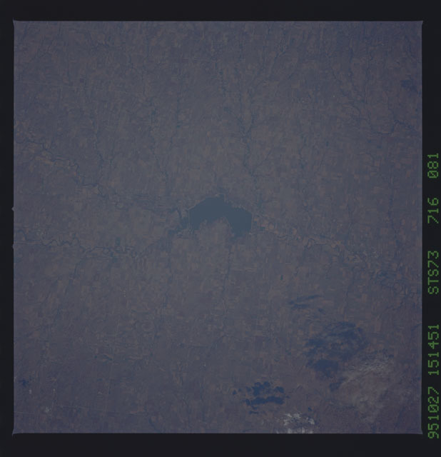 STS073-716-081 - STS-073 - Earth observations taken from shuttle orbiter Columbia