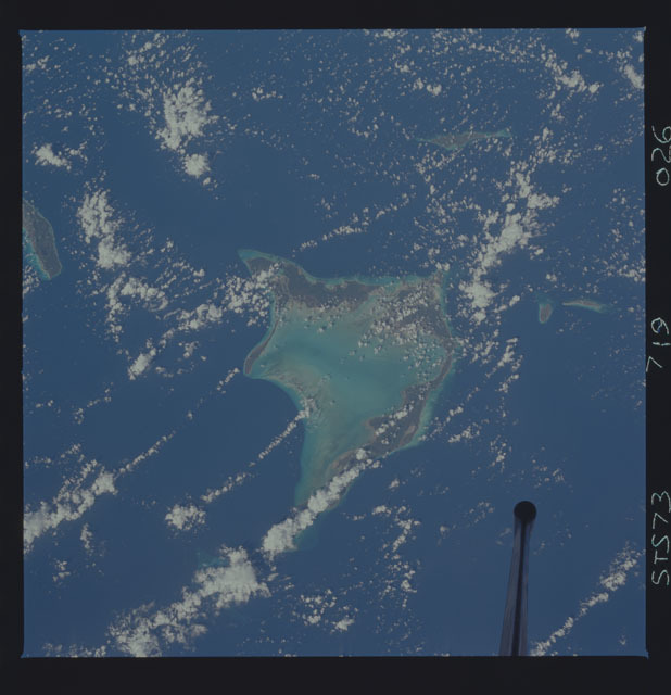 STS073-719-026 - STS-073 - Earth observations taken from shuttle orbiter Columbia