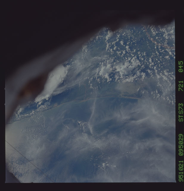 STS073-721-045 - STS-073 - Earth observations taken from shuttle orbiter Columbia