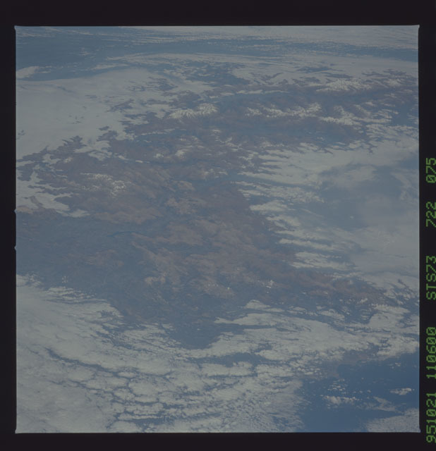 STS073-722-075 - STS-073 - Earth observations taken from shuttle orbiter Columbia