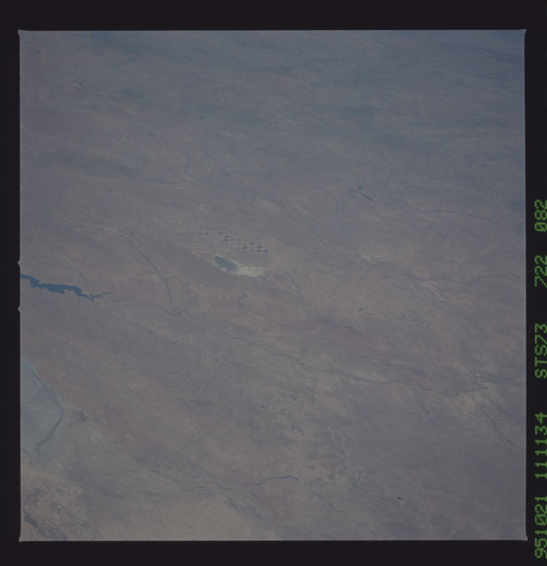 STS073-722-082 - STS-073 - Earth observations taken from shuttle orbiter Columbia
