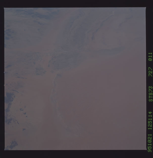 STS073-727-011 - STS-073 - Earth observations taken from shuttle orbiter Columbia