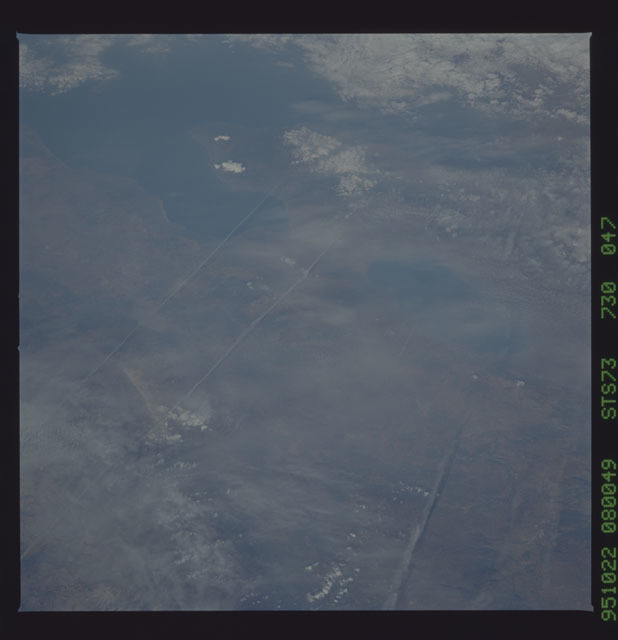 STS073-730-047 - STS-073 - Earth observations taken from shuttle orbiter Columbia
