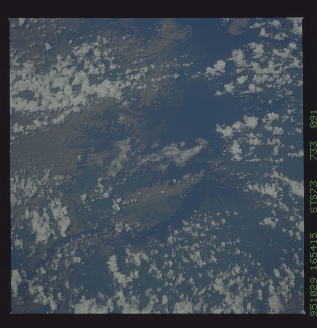 STS073-733-091 - STS-073 - Earth observations taken from shuttle orbiter Columbia